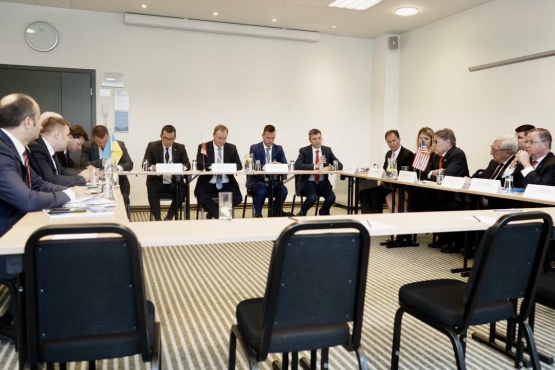 Зустріч міністрів енергетики США та України