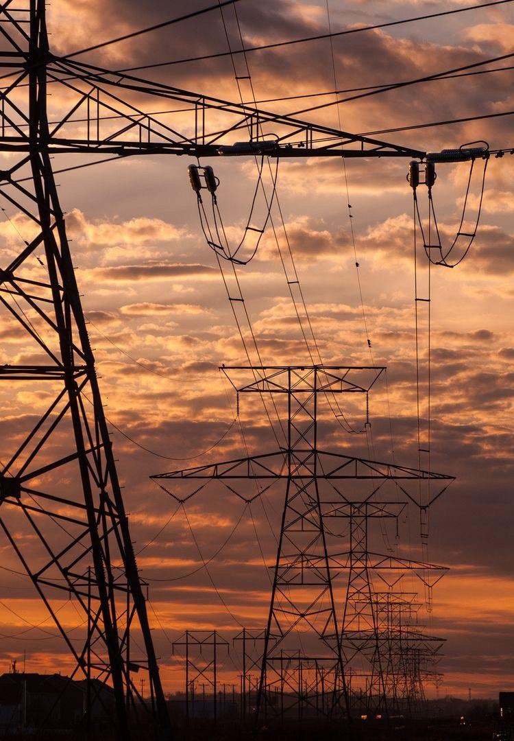 Зростає імпорт електроенергії в Україну